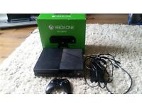 XBOX1 BUNDLE *EXCELLENT USED CONDITION*