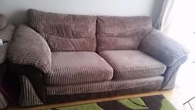 2x seater Sofa and 1x arm chair !!! Pet Free Home !!!!