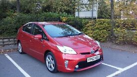 PCO CAR HIRE AVAILABLE, TOYOTA PRIUS T4, 2013, £140/WEEK, HALF LEATHER.