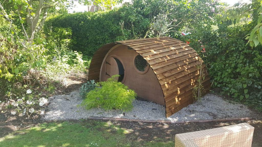 children's wooden/timber mini hobbit houses playhouses/sheds all