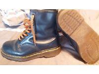 Dr Martin Boots Originals