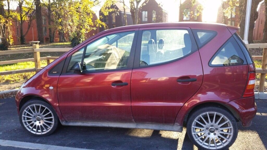 2001 MERCEDES A CLASS 1.4 PETROL ** 56000 MILES ( WARRANTED ) * NEW TYRES * NEW BATTERY