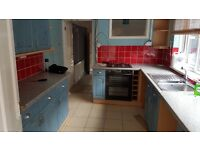Used kitchen units and worktops for sale