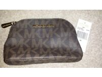 Brand New Genuine Michael Kors Travel Pouch/Make-Up Bag Brown and Gold