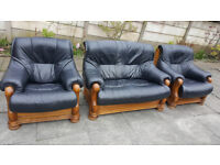 REAL LEATHER 3 PIECE SUITE ITALIAN DESIGN ORNATE CARVED WOOD EDGING BLACK £70.00