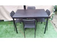 Dining table plus 4 chairs excellent condition