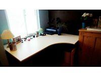 Large white ikea L desk excellent condition