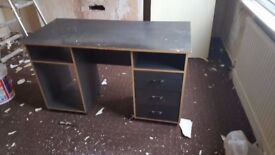 Computer Desk Black - Width: 125cm Height: 70cm Depth: 60cm