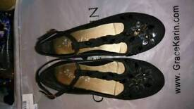 Girls Next black shoes worn once size 2