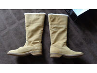 Top Shop fur-lined Suede tall boots, Size 6. 'Cosy' brand. New in box.