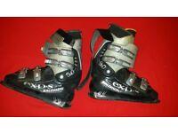Salomon exp.s men's skiing boots - UK size 9