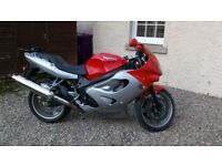 Superb very low mileage Triumph TT600 in silver/red SWAP/SELL?