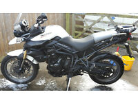 Triumph Tiger 800 ABS - 2011/11 White
