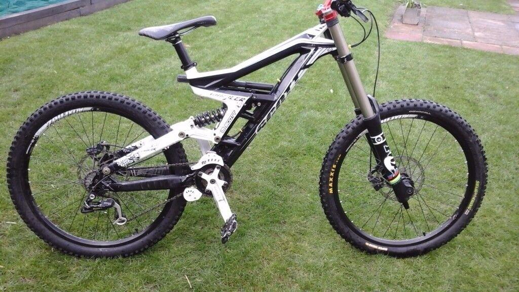 Scott Gambler Downhill Mountain Bike In Aspley Nottinghamshire