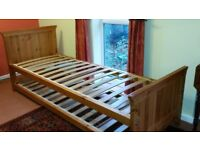 Pine single bed with pull-out bed underneath