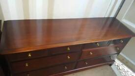 A stag minstrel 8 drawer chest