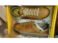 Dewalt safety aluminium toe cap breathable lithium shoes steel size 11 and 10