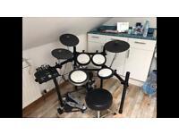 Yamaha DTX 542K electronic drum kit