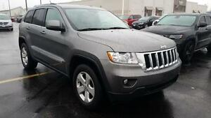 2012 Jeep Grand Cherokee LARDEO | 4X4 | LEATHER | BACK UP CAM | Cambridge Kitchener Area image 4