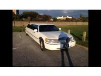 2003 Lincoln Town Car Stretch Limo Limousine White