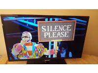 """Samsung 32"""" Full 1080p Smart LED TV With Freeview HD (Model UE32F5500AK)!!!"""