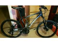 """Giant mountain bike 26"""" size medium"""