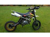 125cc Pit Bike (Can deliver depending on miles and £)