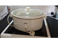 Prima Slow Cooker model PSO500 5 litre white oval