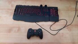 Microsoft Sidewinder X6 Backlit Gaming Keyboard w/ Number Pad, Macros, Knobs RAD
