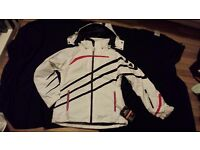 Ladies Size L Trespass Ski Jacket TP100: Brand New/ unworn & labels attached. Great fit in White.