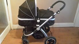 I safe carry cot buggy with rain cover and mattress