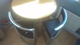 ROUND TABLE AND 4 CHAIRS VERY GOOD CONDITION