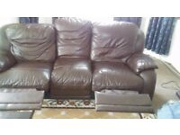 3 lazyboys sofa selling ASAP