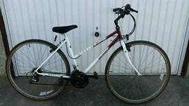 Ladies Raleigh Pioneer Quest Hybrid Bicycle For Sale in Great Riding Order