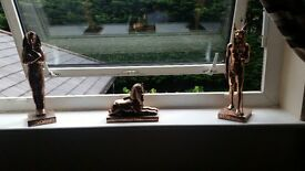 3 bronze effect statues, very good condition £65 for the 3