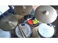 Experienced jazz/fusion/funk/drum and bass drummer available for paid gigs