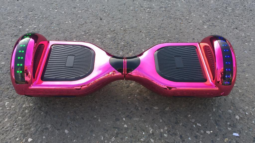 Pink hoverboard segway with samsng