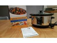Morphy Richards Slow Cooker + recipe book