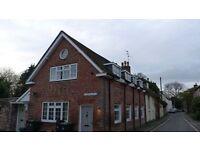 To Let - Delightful 2-bedroom flat in Blandford Forum