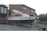 SHETLAND 17-18' (535) ON TRAILER. 2 BERTH WITH EXCELLENT OUTBOARD & NEW COCKPIT CANOPY WITH