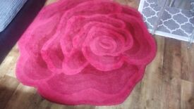 Red rose rug 150cm