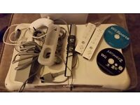 Nintendo Wii as new - 2 controller's numb chuck wii fit board wii sports wii dance 2