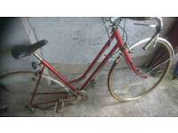 Bike frames, road bikes joblot,, 20 in total, some with wheels, parts or restoration