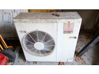 Air conditioning unit / heater