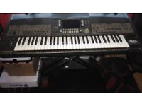 YAMAHA PSR 9000 PROFESSIONAL ELECTRONIC KEYBOARD + WITH DISC DRIVE