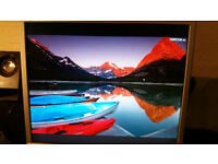 Fujitsu Siemens 19inch screen, in good order, £20, buyer collects