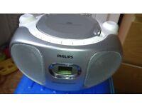 Philips Az102S Portable Boombox CD Player AM/FM Radio CD DYNAMIC BASS BOOST