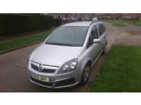 EXCELLENT CONDITION VAUXHALL ZAFIRA FOR SALE.