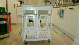 Kitchen table trolley with 2 stools
