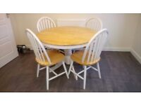 Round Farmhouse Style Table and 4 Chairs